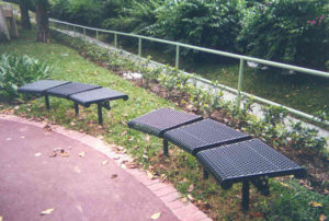 plastisol coated 45-degree bench with direct bury legs